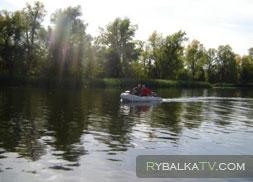 Ловля на спиннинг с моторных лодок
