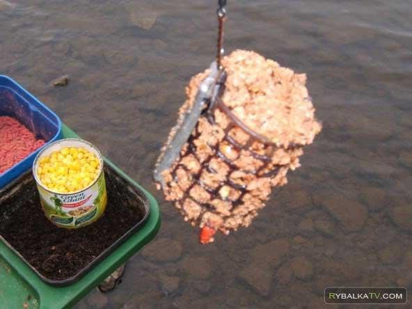 Рыбалка весной. Фидерная кормушка и поплавочная удочка