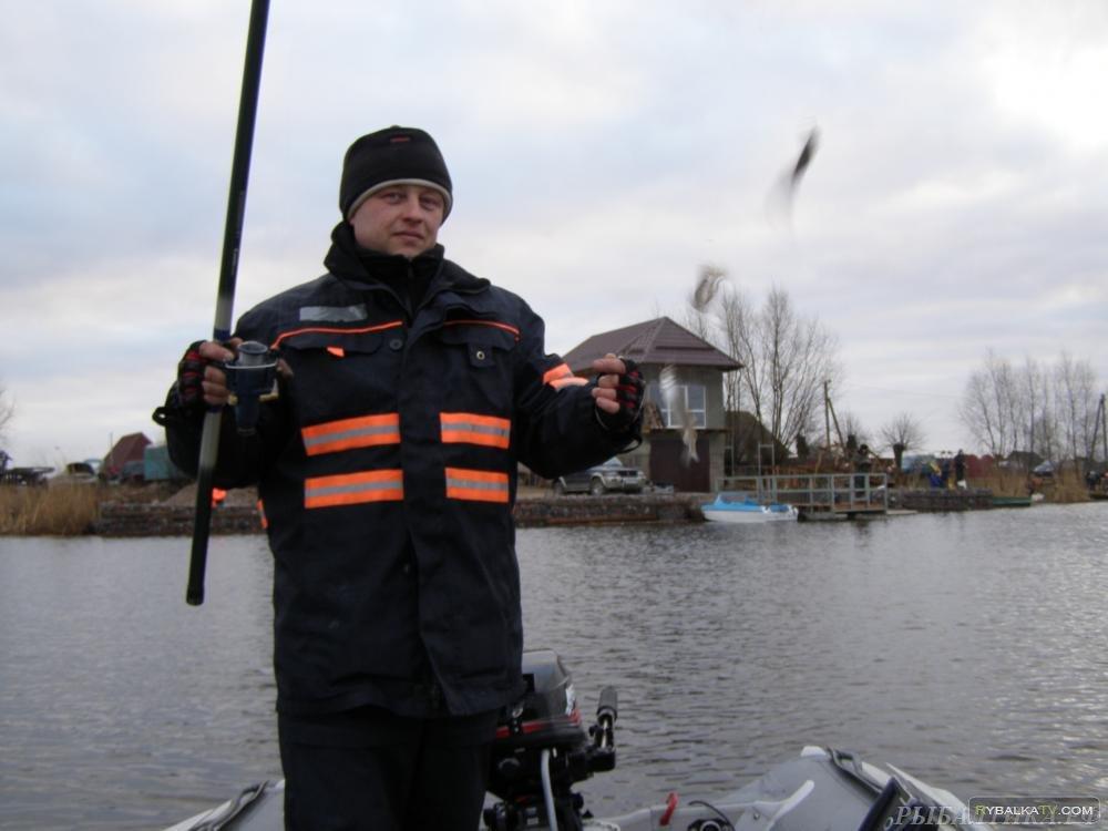 На рыбалке. Ловля плотвы. Поселок Мысовка